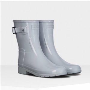 Brand New NWOT Hunter Mid Calf Rain Boots